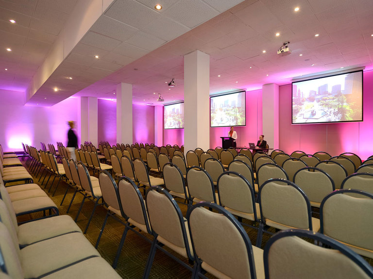 mercure grosvenor hotel adelaide adelaide hotel and convention venues