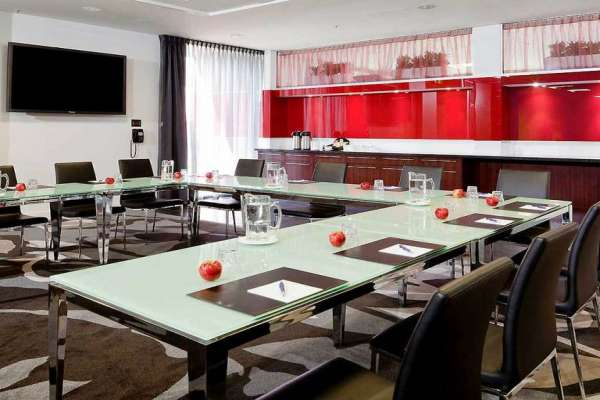 novotel-rockford-adelaide-conference-room-u-shape.jpg