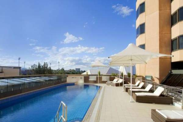 intercontinental-adelaide-pool.jpg