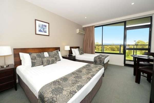 rydges-south-park-hotel-adelaide-superior-parkview-twin-room.jpg